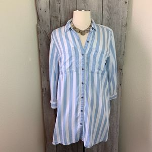 Intro Blue & White Long Loose Blouse Size Large
